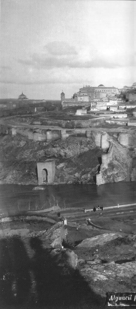 Baño de la Cava en el siglo XIX. Foto Casiano Alguacil