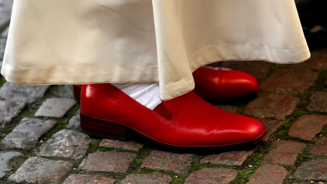 Benedict will no longer wear the red papal shoes