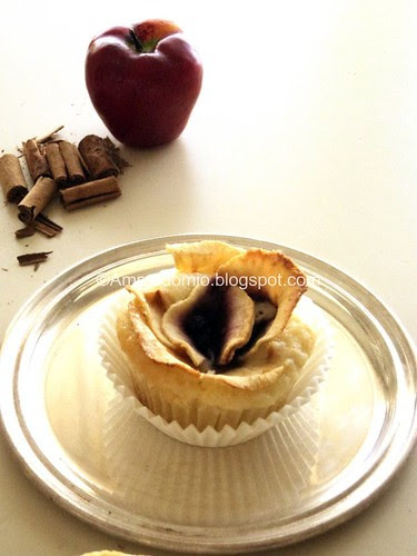 Apple cinnamon muffin with blueberries