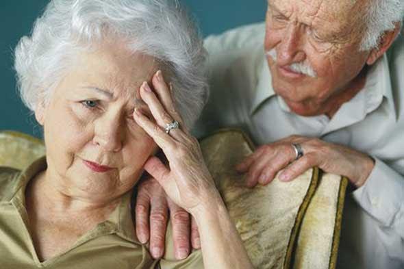 perierga.gr - Το Αλτσχάιμερ αρχίζει από τα 20 μας χρόνια!