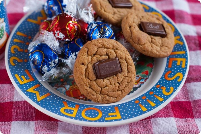Speculoos & Chocolate Button Cookies ::: use biscoff or trader joe's cookie butter!