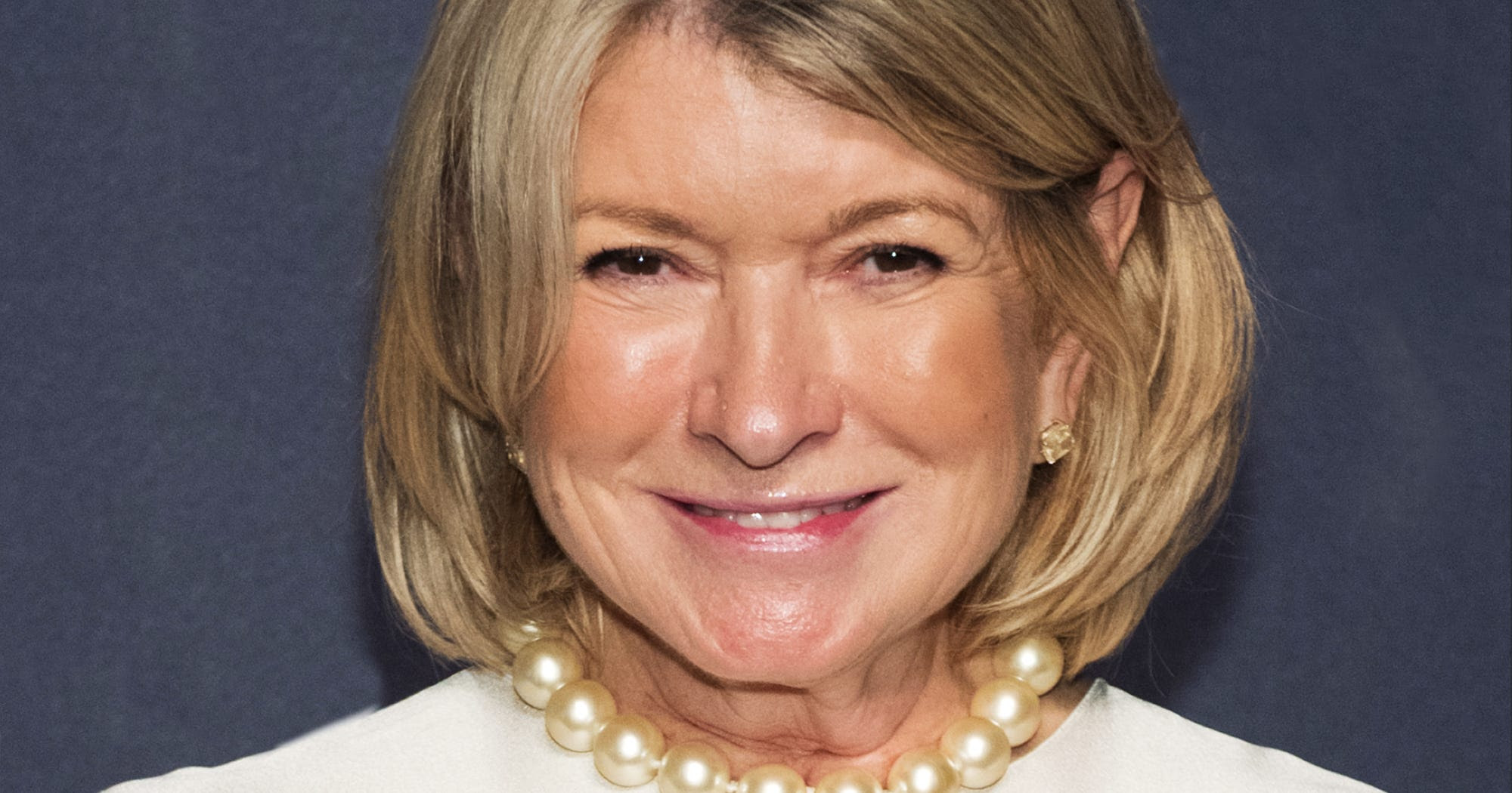 via0.com - Martha Stewart Mario Batali Cinnamon Roll Response