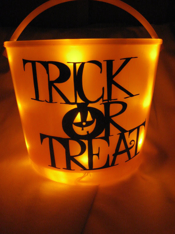 Easy Ideas For Halloween Treat Bags And Candy Bags Family Holiday