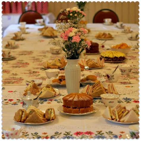 Another thrifty baby shower: a 1950s tea party   Miss Thrifty