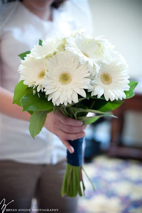 Bridal bouquet of white gerberas   Sharon & Jay