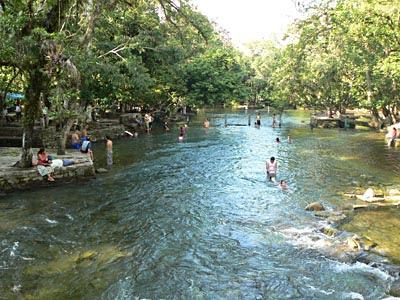 rivière et baignade.jpg