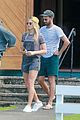 margot robbie shows off her style during helicopter tour of hawaii 05