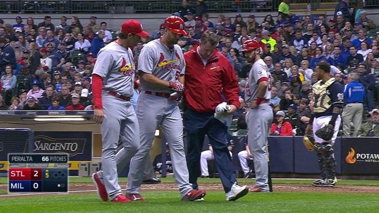 Wainwright tuvo exitosa cirugía en el talón de Aquiles