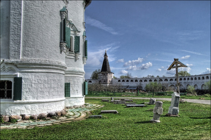 Некрополь Успенского собора/3673959_10 (700x464, 200Kb)