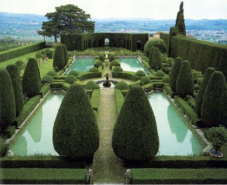 Villa Gamberaia, Florencia (IT) - Contornos de greens Alrededor de espejos de agua)