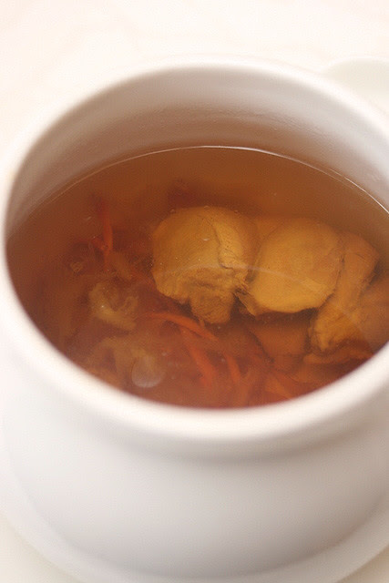 Double-boiled Chicken Broth with Ginkgo Nuts and Cordycep Flower