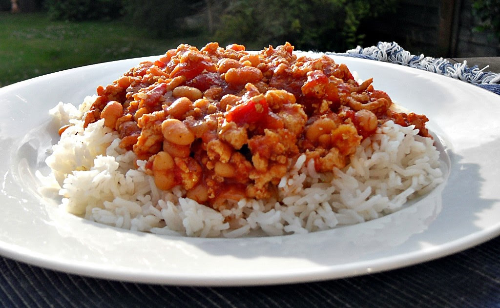 Turkey Chilli with Baked Beans - Fab Food 4 All