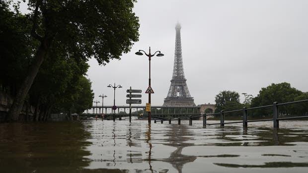 INUNDACIONES EN PARIS