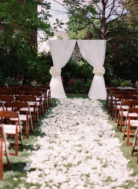 Best 25  Outdoor wedding ceremonies ideas on Pinterest