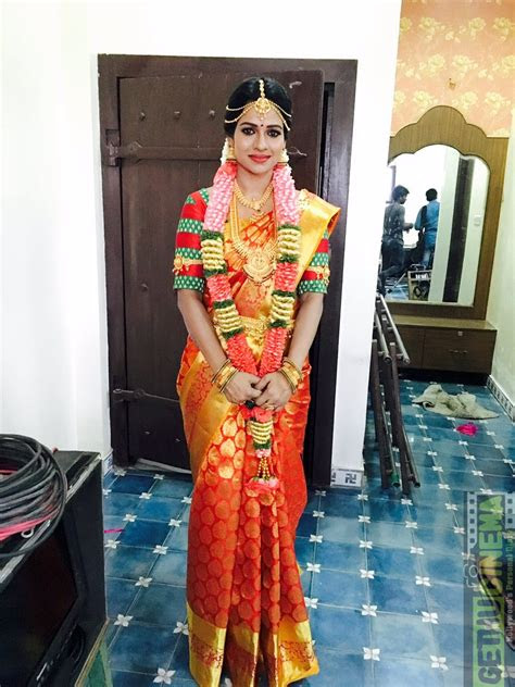 upcoming actress leesha eclairs latest hd cute gallery