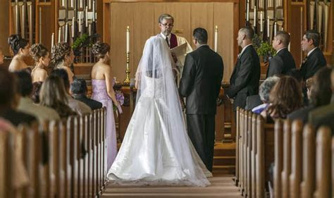 Death of church wedding in Britain: Record number of
