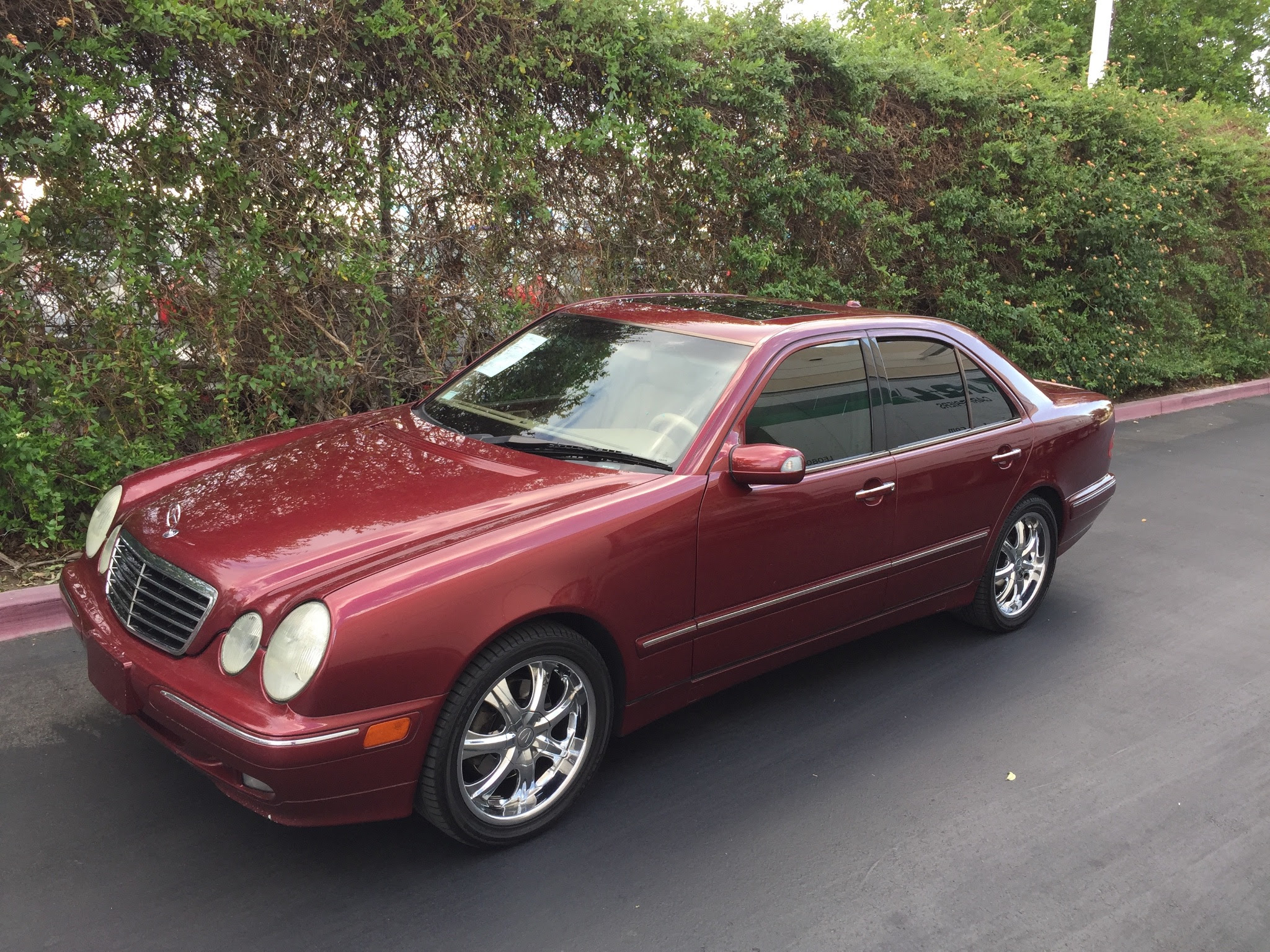 Used 2001 Mercedes-Benz E320 at City Cars Warehouse INC