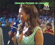 Catarina Furtado sensual a apresentar o concurso das melhores aldeias