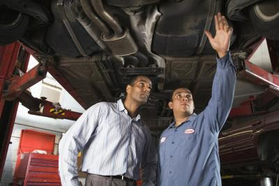 Job Description of an Automotive Maintenance Mechanic ...