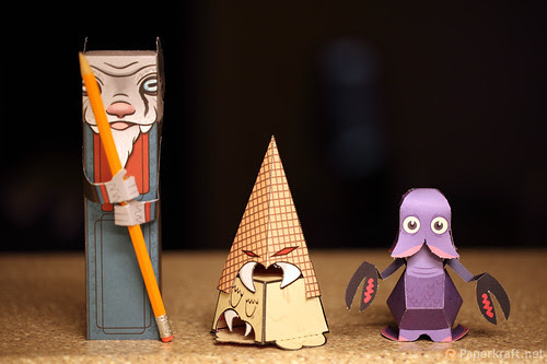 Papertoy Monsters Book 005