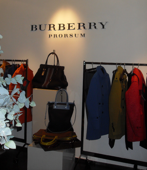 showroom-burberry3