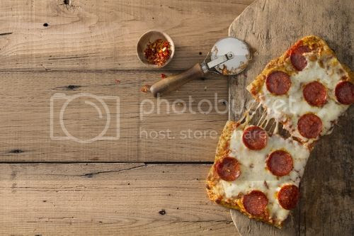 Pizza photo f5c6f6d3-06ce-46f4-8012-e2459237d2ef_zps9f72df27.jpg