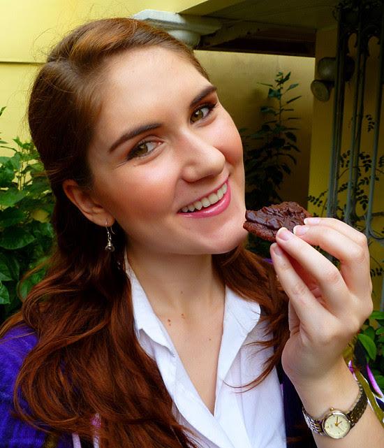 04 April 04 - Chocolate Cherry Cookies (1)