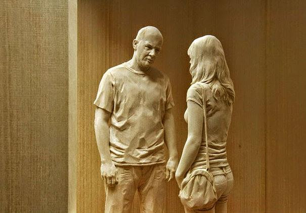esculturas-madera-realistas-peter-demetz (6)