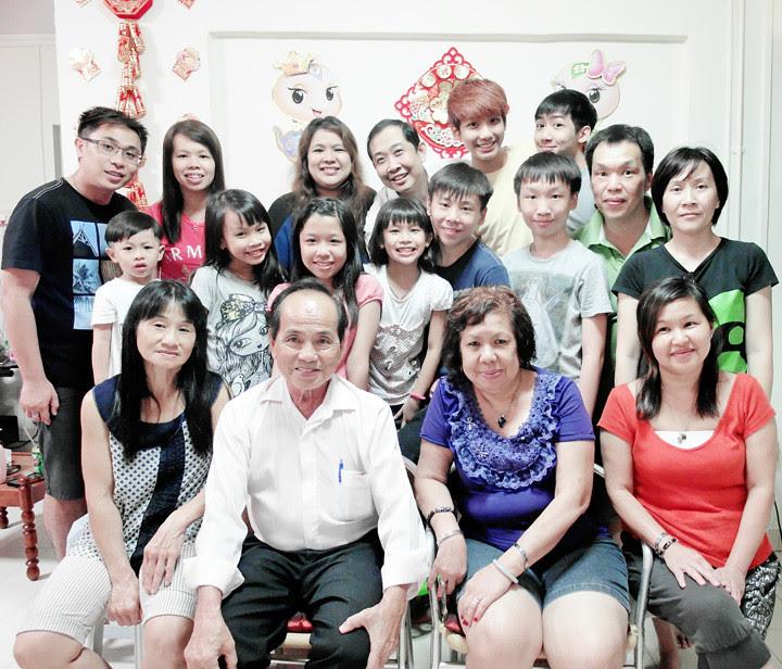 maternal family family photo
