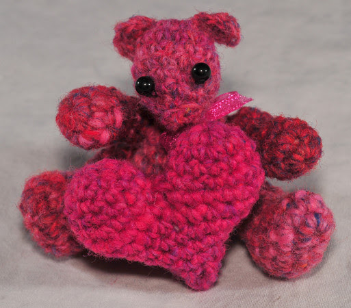 Unnamed Noro bear and heart