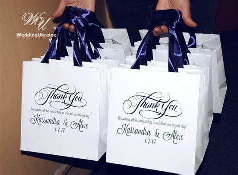 Best 25  Wedding gift bags ideas on Pinterest   Wedding