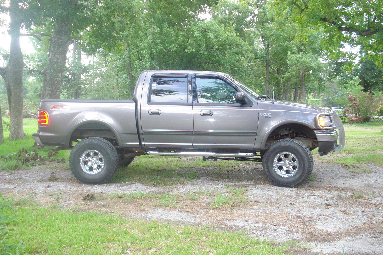 2002 Ford F150 Supercrew Lariat Short Bed 4x4 Lifted