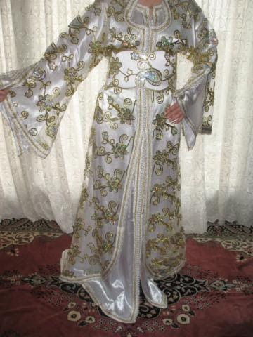http://37.187.91.226/photo1-robe-marocaine-1-bxdx8x2w203030.jpg