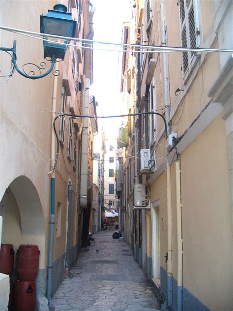 narrow streets wallpapers high quality