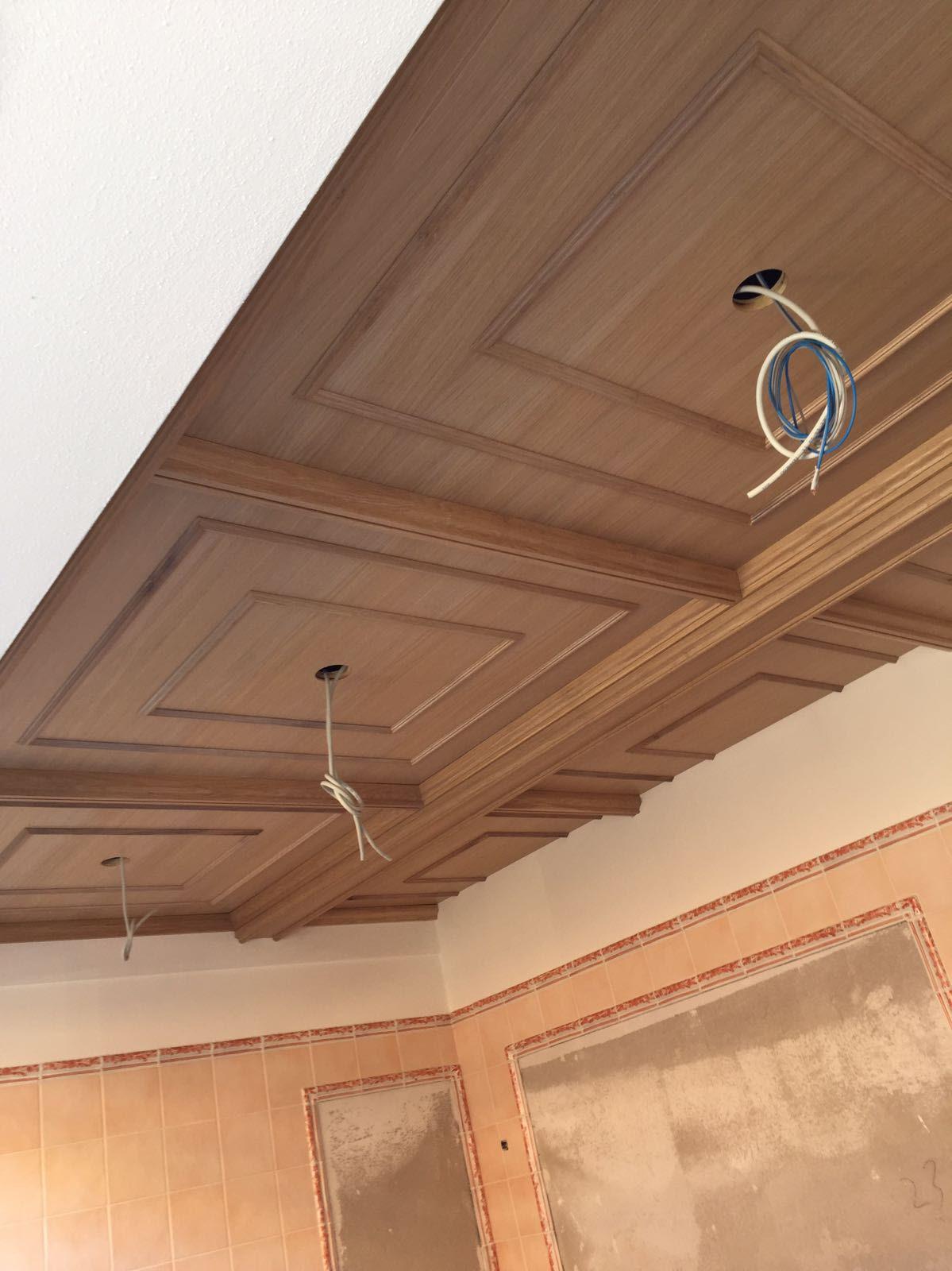 controsoffitto a cassettoni in legno semplice