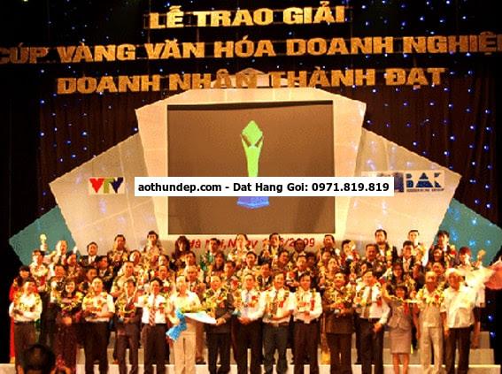Cơ quan Tập đoàn Điện lực Việt Nam ra mắt đồng phục mới