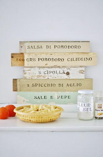 la cucina by wood & wool stool