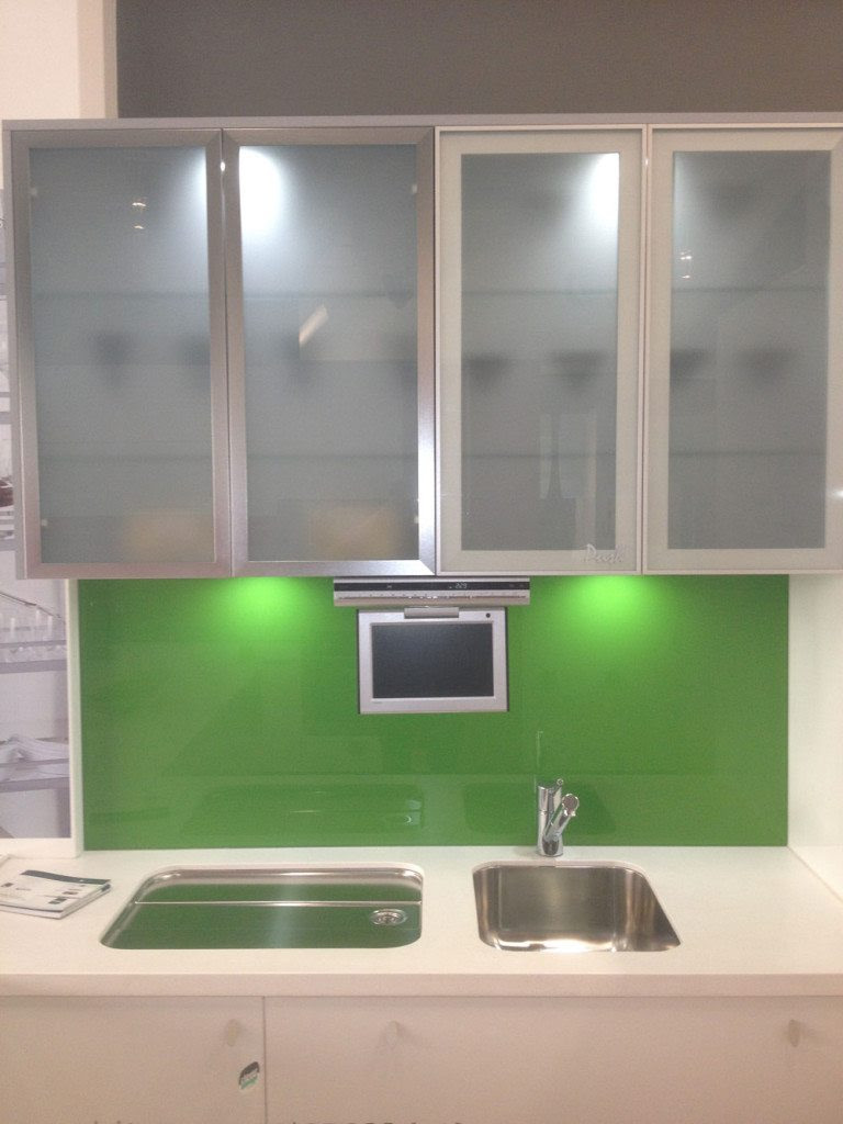 Ideas On Installing The Best Frosted Glass Cabinets In Your