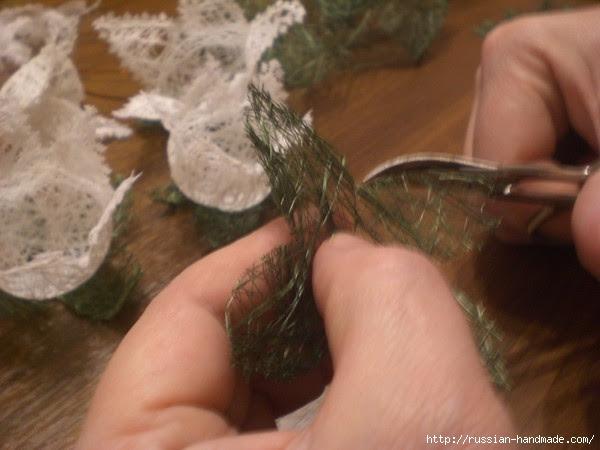 Нежные цветы, снеговик и декоративные шары из ниток. Мастер-классы (8) (600x450, 125Kb)