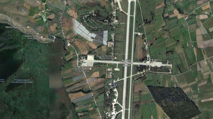 Το αεροδρόμιο του Άραξου (Πηγή: Google Earth)
