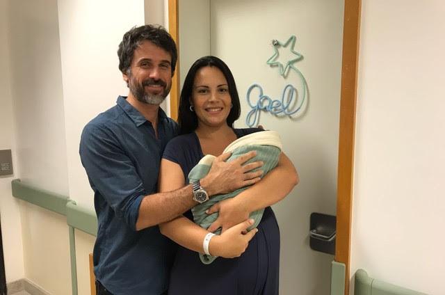 Eriberto Leão com Andréa Leal e o filho, Gael (Foto: Arquivo pessoal)