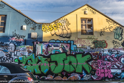 Street Art - Windmill Lane by infomatique