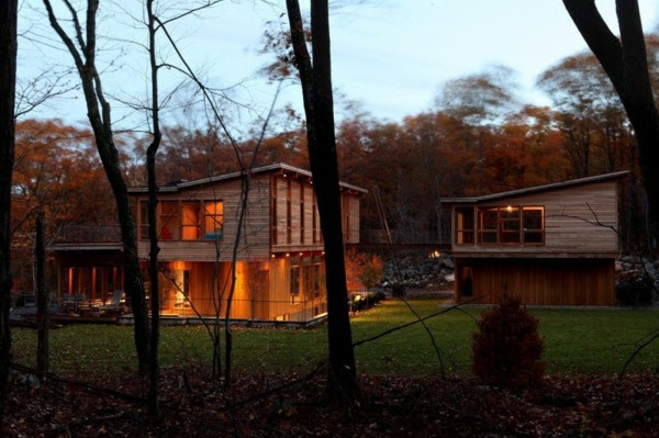 Brilliant Modern Wooden House Design 600 x 399 · 199 kB · jpeg
