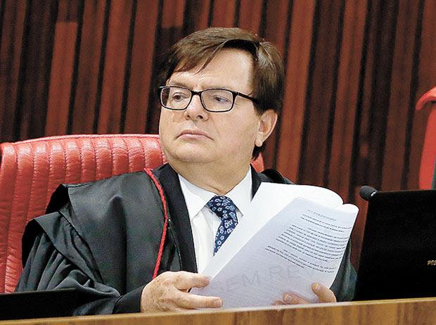 FLANCOS CONTRA TEMERHerman Benjamin, o ministro relator do caso. (Foto: Pedro Ladeira/Folhapress, PODER)