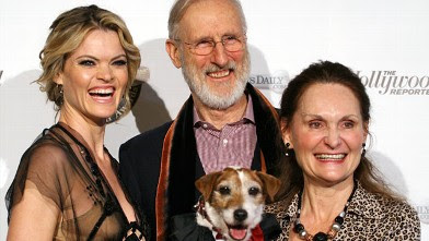 PHOTO: Missi Pyle, James Cromwell and Uggie