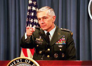 Wesley Clark l'ancien général des Forces armées des États-Unis