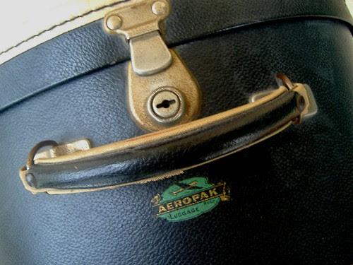 hat box - close up