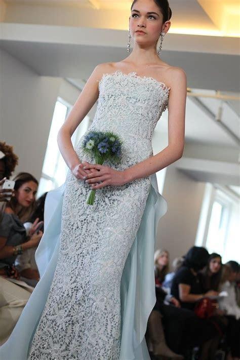 Daring Spring 2013 Bridal by Oscar de la Renta   OneWed