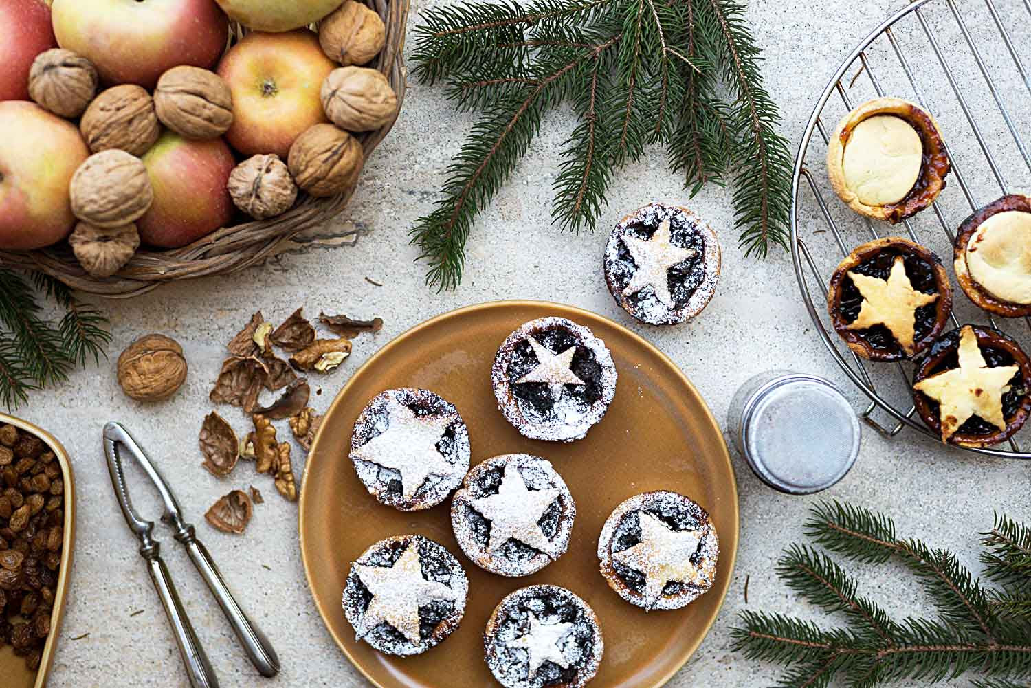 Mince Pies: A Traditional recipe for Christmas Day in ...
