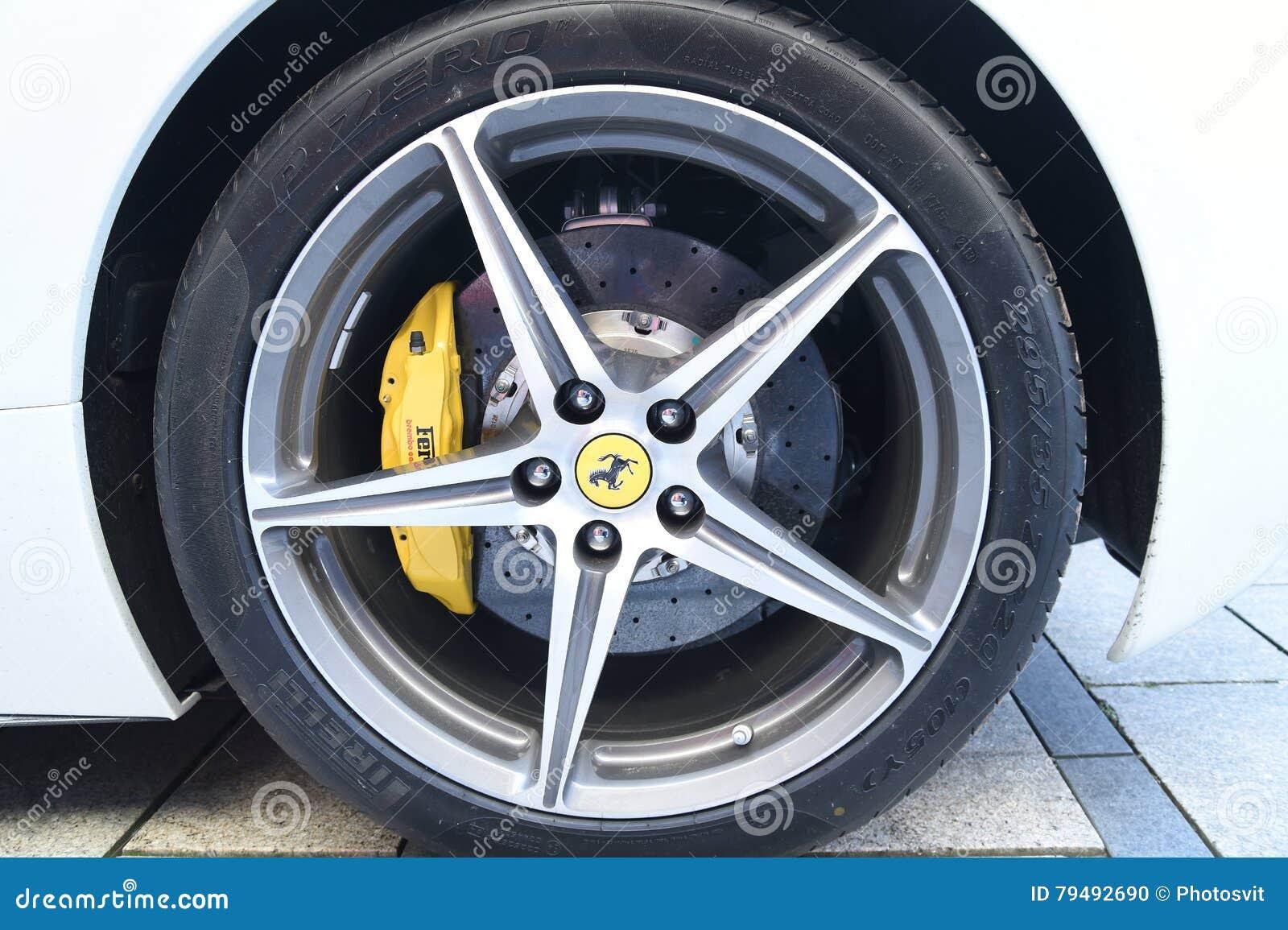 White Ferrari Ff Hatchback Editorial Image Cartoondealer